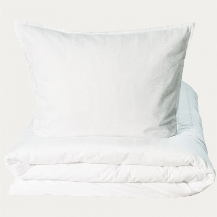 yasmin-duvet-cover-150x210-i-2-bright_-white