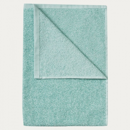 east-bath-towel-ice-green