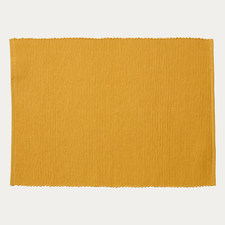 lind-placemat-mustard-yellow
