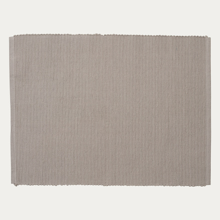 lind-placemat-light-grey