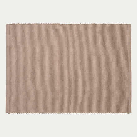 lind-placemat-beige